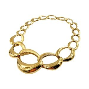 Vintage NAPIER Gold Chunky Chain Link Necklace